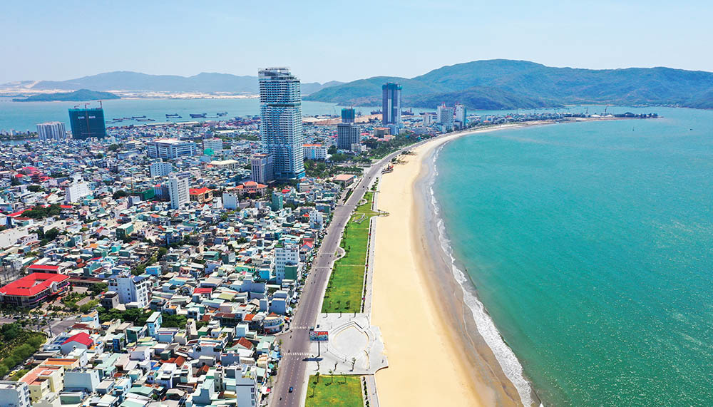 Bình Định là tỉnh thuộc Vùng kinh tế trọng điểm miền Trung - Yeshouse