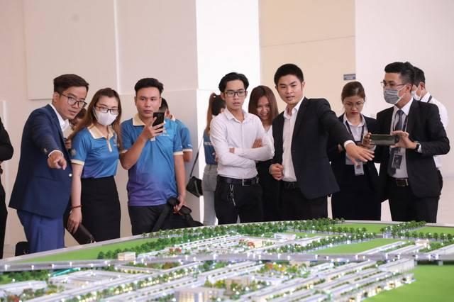 """Nhà đầu tư thứ cấp đang thắng lớn ở các dự án bất động sản """"tại Long An"""