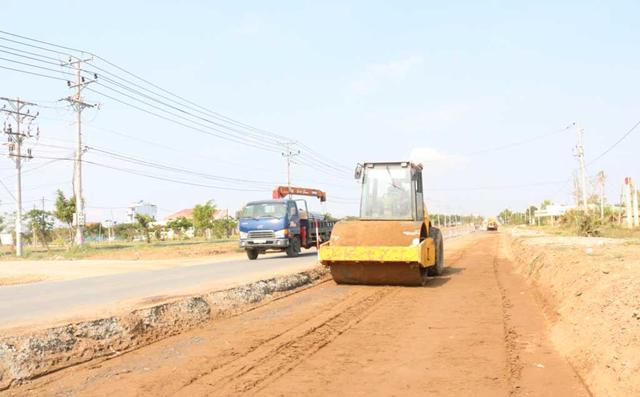 Long An vẫn còn trì trệ trong tiến độ xây dựng hạ tầng giao thông những năm trước đây